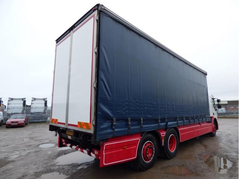 volvo fe 26 tonne curtain side truck for sale hgv traders rh hgvtraders com Volvo Factory Service Manuals Volvo S60 Manual