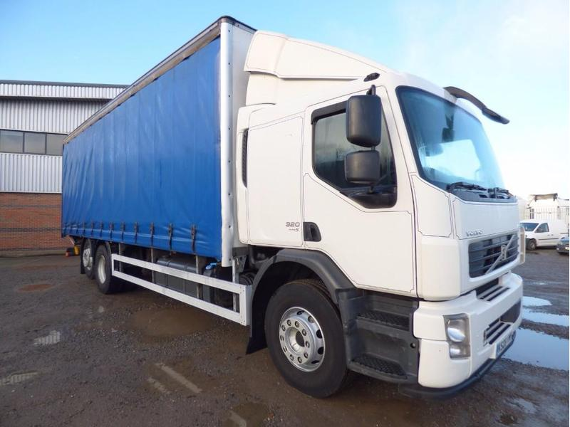 volvo fe 26 tonne curtain side truck for sale hgv traders rh hgvtraders com Volvo XC90 Manual Volvo S60 Manual