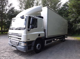 Thumb 1 daf cf 65.220 18t box taillift sleeper cab