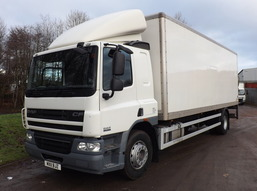 Thumb 1 daf cf 65.220 18t box sleeper taillift